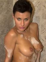 Soapy slut Veronika Vanoza gets shagged in the bathtub