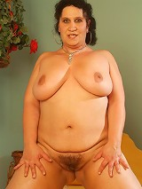 Horny plumper totally naked and humping on top to stuff her leaky pussy with a thick man pole