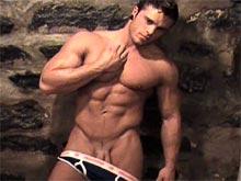 Sexy big muscle hunk Sean Dexter video