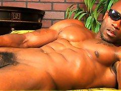 Muscle man Sylvester Randolph