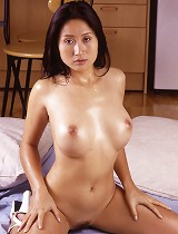 free asian gallery Oiled Thai babe