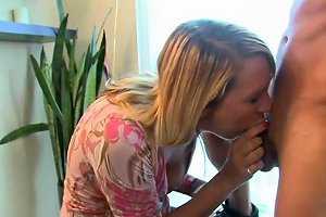 Homemade Pretty Amateur Fed With Cum At Bday Party Porn Videos