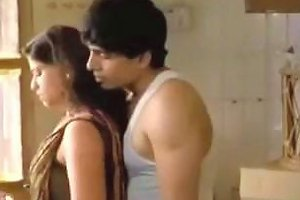 Indian Beauty Allows Her Lover To Kiss Her Body Indoors