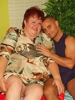 Live hardcore fuck with a fat redhead named Louise grinding her pussy on top of a stiff cock