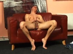 Sexy stud jerks his penis off in this awesome video