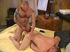 Massage turns to hot gay bear fucking