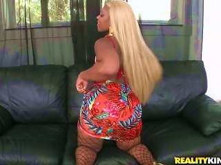Bootylicious Ebony Girl In Fishnets Gets Nailed By   Dude