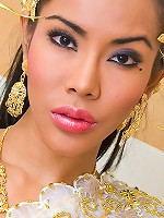 Irresistible Thai hottie makes an outstanding show