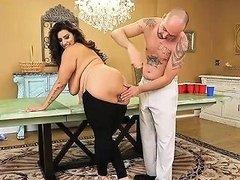Bbw Milf Sofia Rose Plays Beer Pong For Sex Drtuber