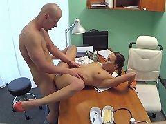 Mea In Sexy Doctor Fucks His Sexy New Nurse Fakehospital