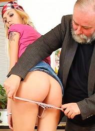 Cute Nude Girl Shagging Her Boss Teen Porn Pix