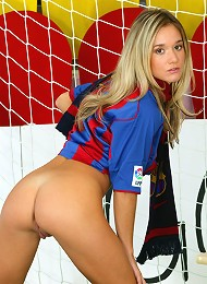 Sexy Soccer Star Jana Gets Naked In The Net Teen Porn Pix