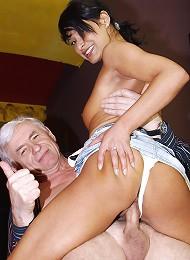 Senior Buys The Waitress Her Slit Teen Porn Pix