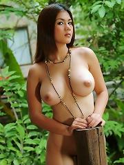 Super Busty Natt Chanapa Cabin Nudes