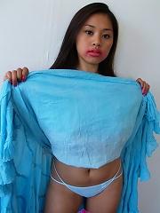 Kinky Filipina babe Dee Dee gets her awesome rack fondled