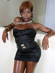 Curvy shemale babe with long cock