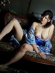 Ruru big Asian boobs